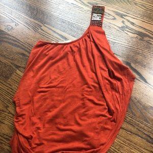 Orange one shoulder summery tank 🔸 EUC